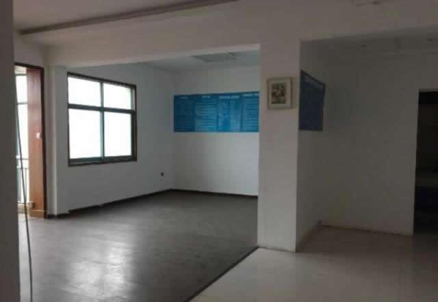 (出租) 南方大厦精装117平,办公方便,创业好!地铁1线旁